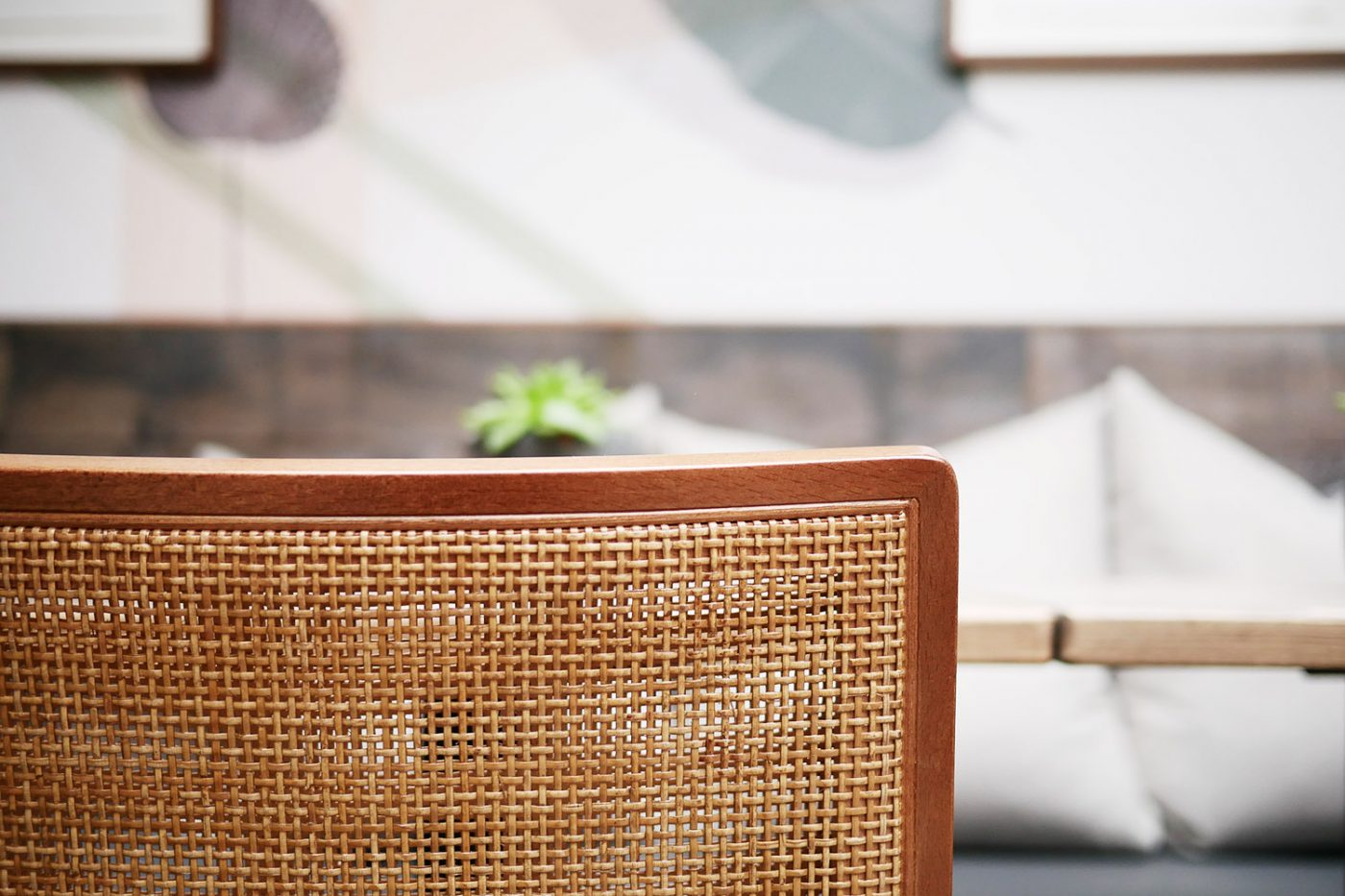 Mam_Restaurant_bar_Design_details_seating_chair