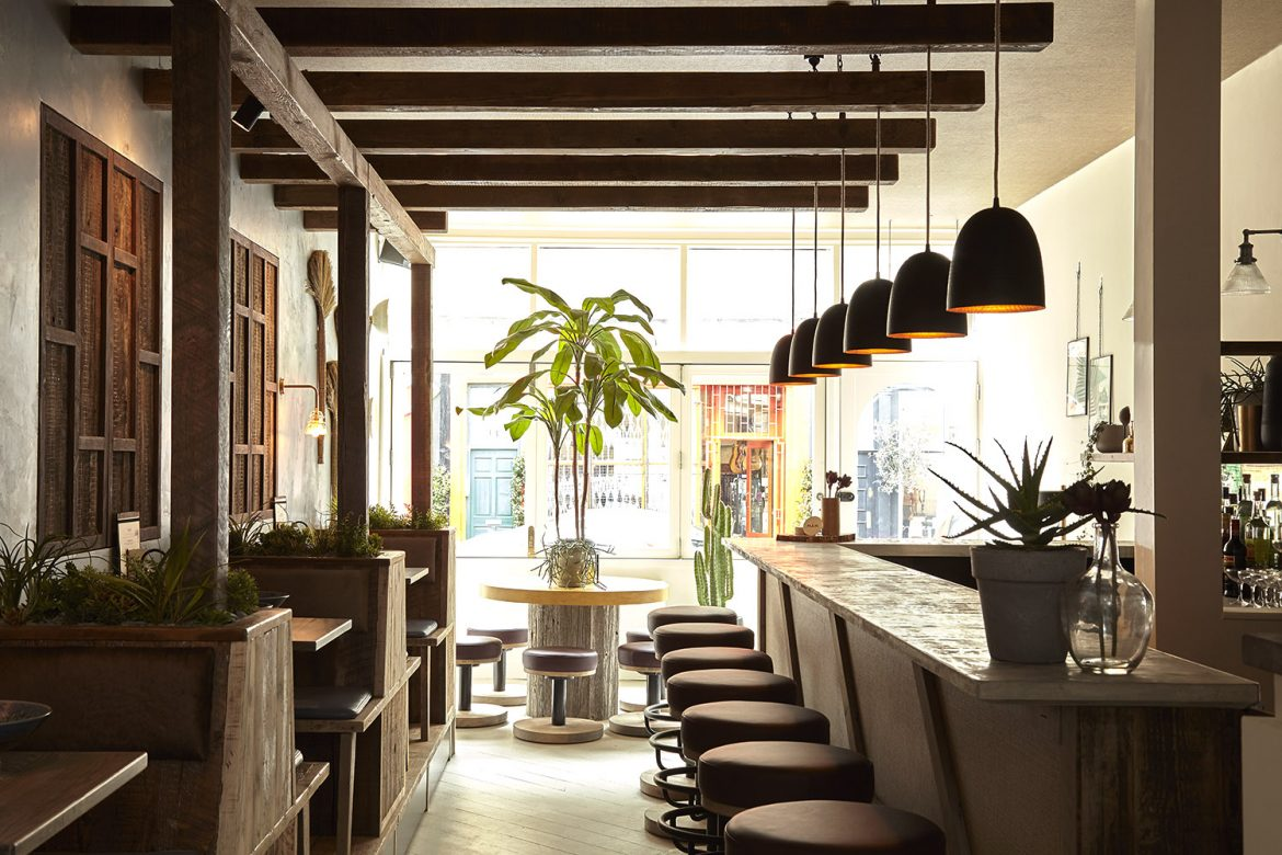 Mam_Restaurant_bar_interior_design_branding_seating_vietnamese_lighting_london_nottinghill_maintable_window_tree_plants2